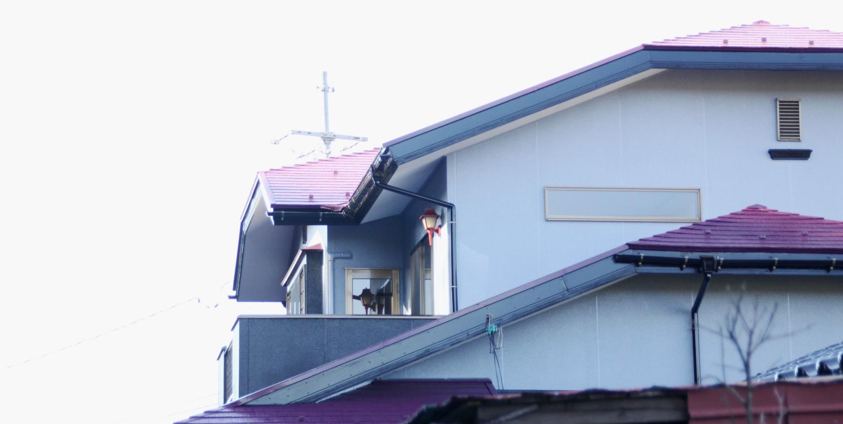 鳥取市のシェアハウス、あんねこんねの外観(2階部分)
